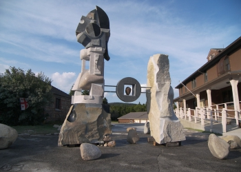 the-islands-of-maine-granite-basalt-and-bronze5-5x6x8m-maine-usa-2009-year_resize